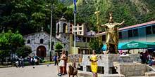 Aguas Calientes – o povo antes de chegar a Machu Picchu