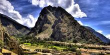 Ônibus para Ollantaytambo e trem para Machu Picchu em um serviço